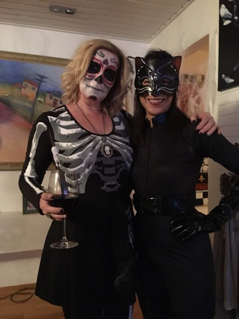 jennifer-and-tracey-halloween